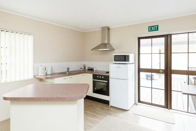 kauri_court_motel38_conference_room_kitchen.jpg