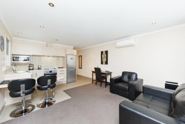 kauri_court_motel16_apartment_3.jpg
